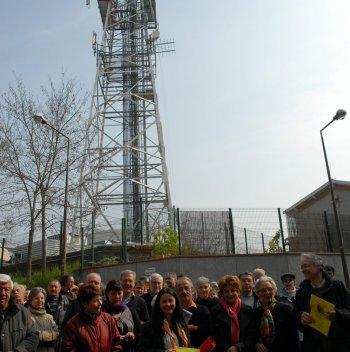 Élus et riverains se mobilisent depuis de longs mois pour obtenir le départ des antennes de Bonhoure. Photo DDM, archives