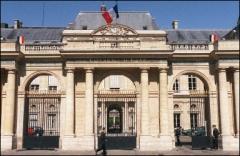 Arrêt du Conseil d'Etat : le principe de précaution et les antennes relais de téléphonie mobile