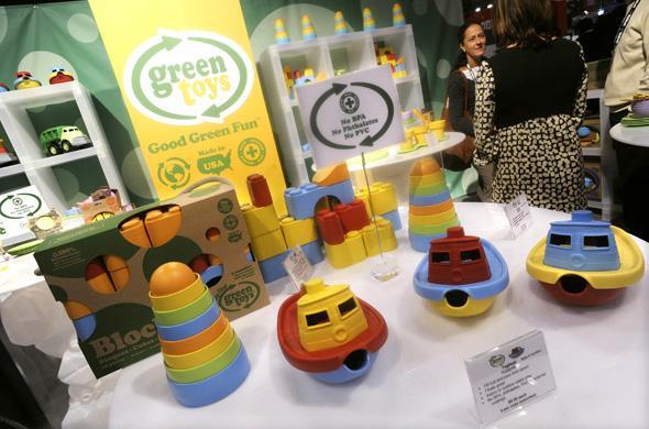 Des jouets sans bisphénol A, présentés en février 2010 aux Etats-Unis.