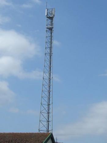 TARN : Saint-Sulpice. L'antenne-relais fait polémique