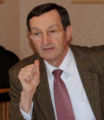"""Affaire du Mediator. Gérard Bapt : """"Je n'ai jamais diffamé Servier"""""""