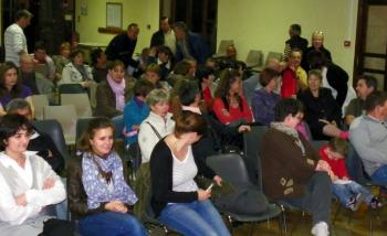 De nombreuses personnes étaient présentes lors de la première réunion./ Photo DDM, R. L.