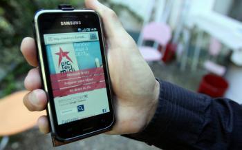 Les anciennes grandes ondes de la radio viennent au secours des téléphones portables./ Photo DDM, Jean-Michel Mazet
