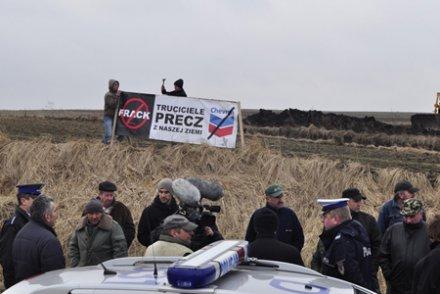 Gaz de schiste : des paysans polonais tiennent tête au géant Chevron