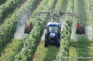 Pesticides : 2 associations accusent la Commission européenne de laxisme